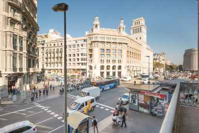 Building for sale in the center of Barcelona in Eixample district